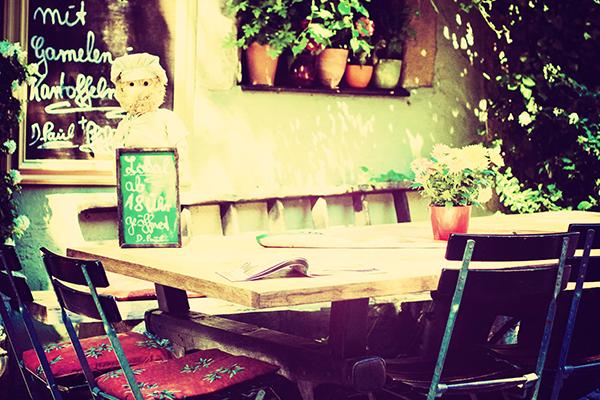 Ipad タブレット壁紙ギャラリー: Ipad タブレット用無料壁紙ダウンロード:街角の食事風景