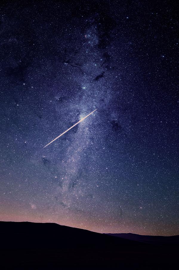 朝焼けと流れ星
