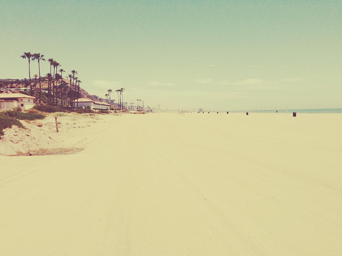 無料で使えるフリー画像 写真素材 空とビーチとレトロ感 Ramica